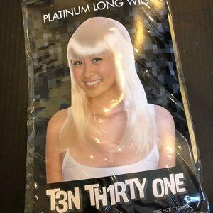 Halloween costume platinum blonde wig